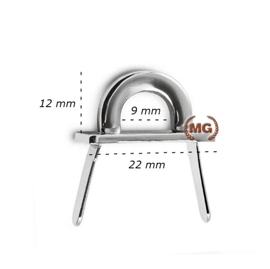 aggancio metallico a ponticello per pelletteria