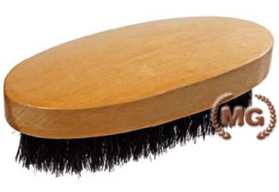 spazzolina ovale in legno verniciato e setole naturali per pelle